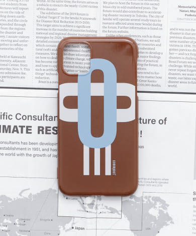 commpost iPhoneXI CASE moji