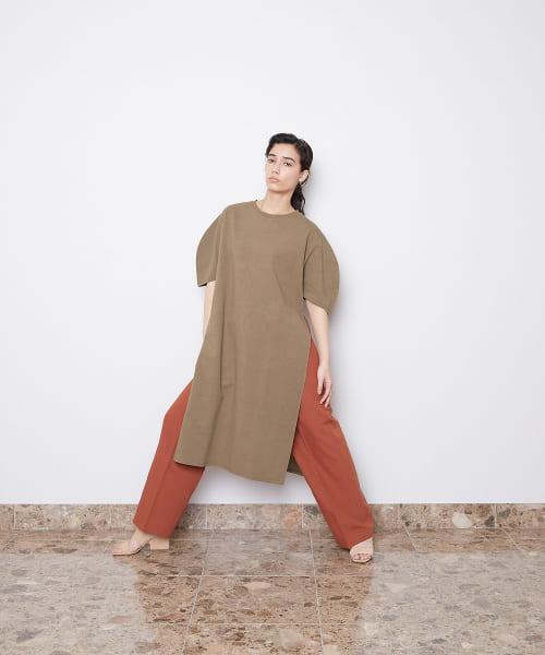 [LAATO][SIDE SLIT T-SHIRTS ONE-PIECE]