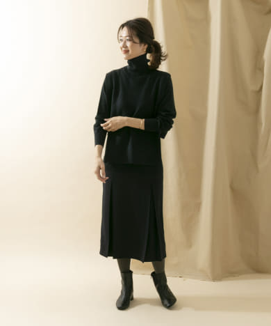 Audrey and John Wad Vest 2way Long-Sleeve OnePiece