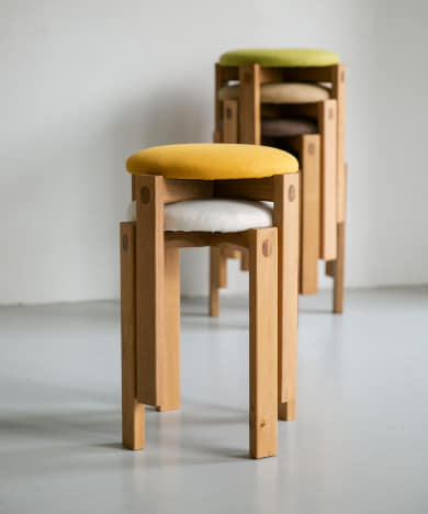 DOORS LIVING PRODUCTS Round Stool
